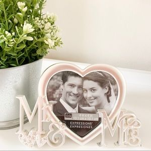 Other - Mr and Mrs Wedding Picture Frame